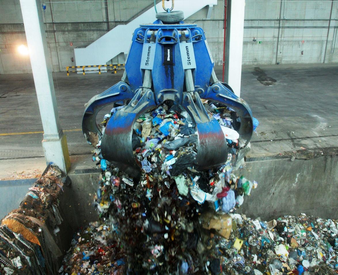 El Vallès Occidental és la comarca de l'àrea de Barcelona que menys residus genera però recicla només un terç del que recull